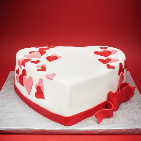 Tort Serce z serduszkami